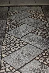 Stone Pavement / 石畳(いしだたみ)