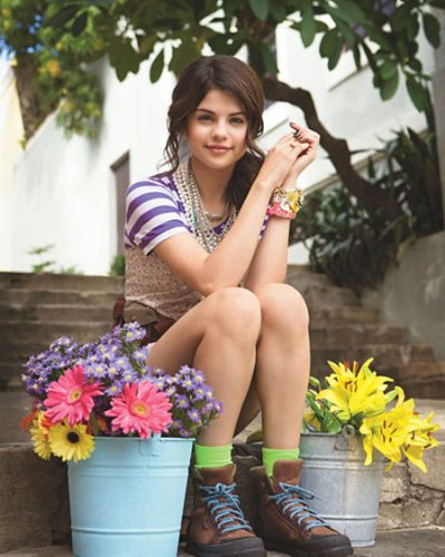 selena gomez teen vogue cover girl