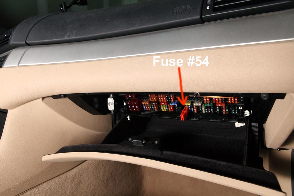 330ci fuse box diy enthusiasts wiring diagrams u2022 rh okdrywall co BMW 328I Fuse Box Diagram 2005 bmw 330ci fuse box diagram