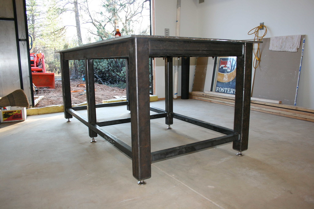 Homemade steel welding bench for Plan fabrication table
