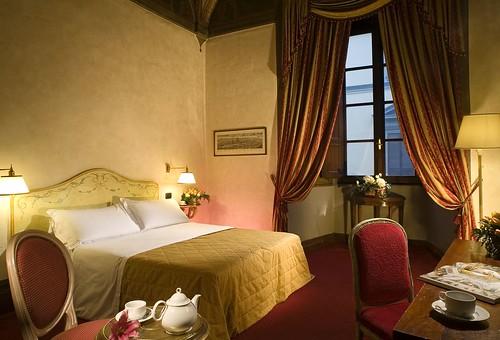 ホテル パリ