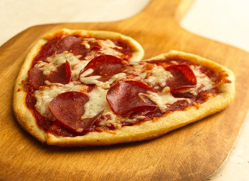 Recipe: Valentine Pizzas