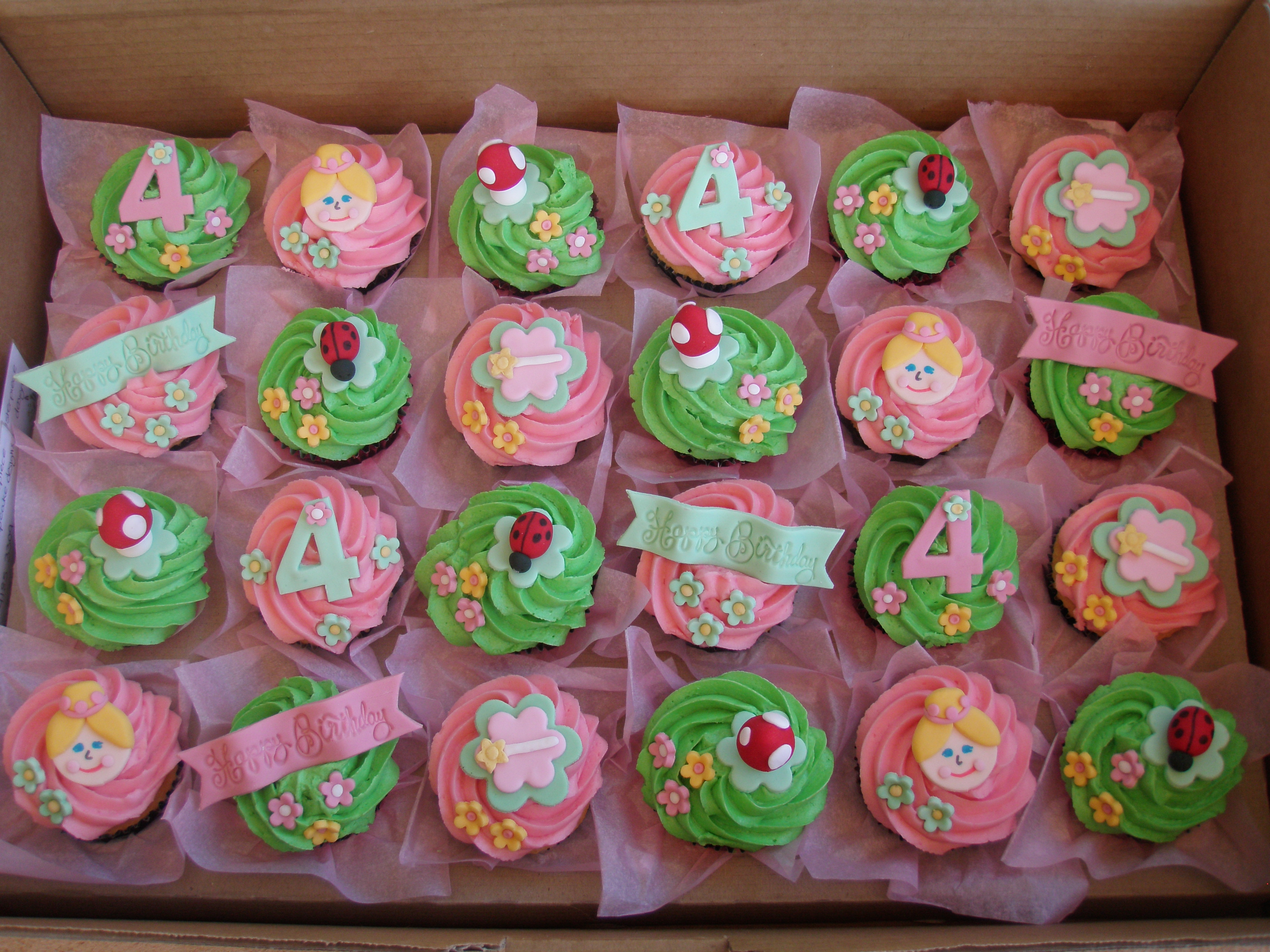 Mossy 39 s masterpiece fairy garden cupcakes flickr for How to make fairy cupcakes