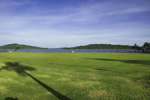 green grass pentax resort uganda jjp speke k200d shadowslakevictoriablues