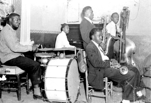 Musicians performing in Tom's Tavern club at Gonzalez and Railroad streets: Pensacola, Florida