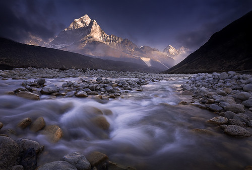 travel nepal sunset snow reflection clouds trekking trek river michael photo peak anderson ama himalaya khumbu everest alpenglow dablam outstandingshots alemdagqualityonlyclub vosplusbellesphotos