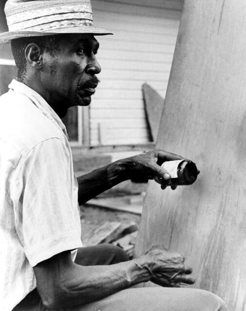 Moses Williams playing the diddley bow: Waverly, Florida