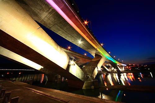 208I高速公路碧潭橋