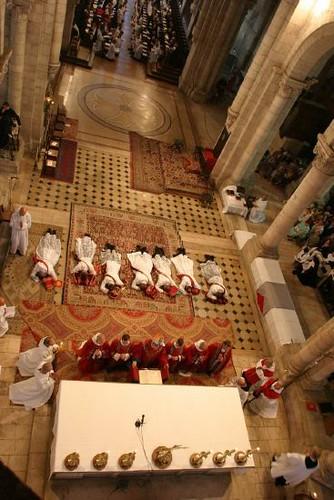 Ordinations sacerdotales. Abbaye Notre-Dame de Fontgombault (Indre).