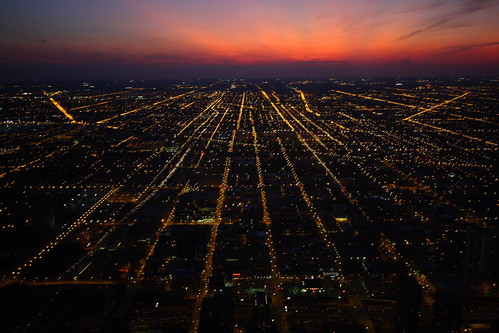 city sunset vacation sky urban chicago trafficlights skyline night canon landscape illinois cityscape dusk streetlights searstower il 1022mm cookcounty canonefs1022mm canon1022mm 40d winrich bestof2009 canon40d willistower cubstrip2009