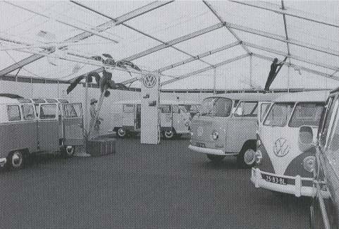 25-83-BL Volkswagen Transporter camper 1966