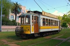 Porto April 2009 replica tram 2