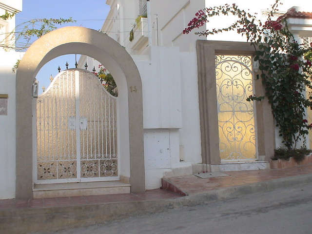 Porte ext rieure en fer forg tunis flickr photo sharing for Porte exterieur fer forge tunisie