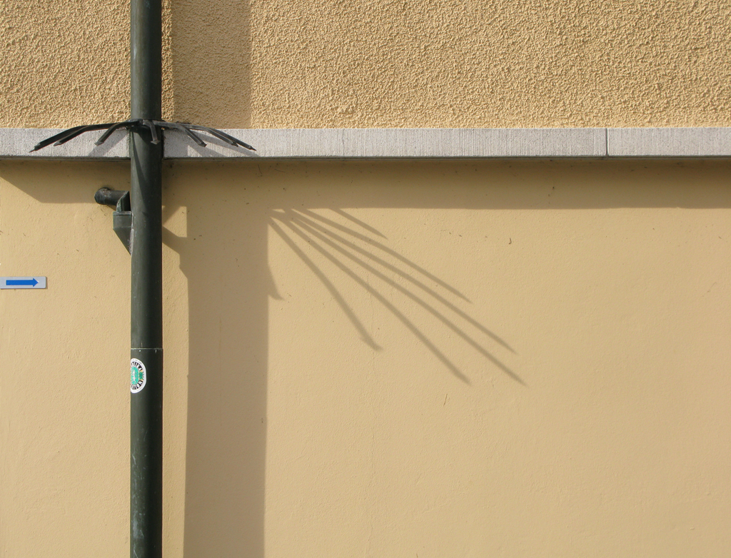 descente d 39 eau pluviale flickr photo sharing. Black Bedroom Furniture Sets. Home Design Ideas
