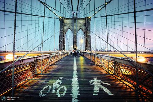 nyc newyorkcity sunset ny newyork topf25 colors brooklyn geotagged evening topf50 colours unitedstates dusk wideangle brooklynbridge canon5d bluehour topf100 bidge 17mm canon1740 pedestrianwalk jörgdickmann geo:lat=40707743 geo:lon=7399896