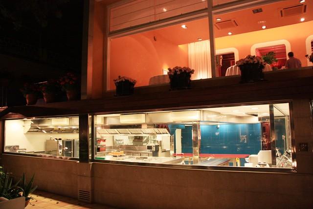 Comedor y Cocinas del Restaurante Sant Pau