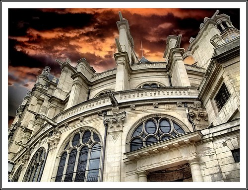 Saint Eustache / church in Paris HDR /FUJIFILM...