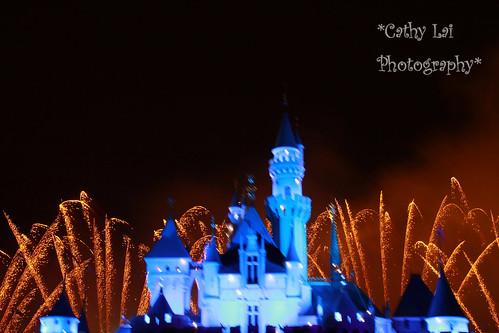 迪士尼城堡简笔画涂色