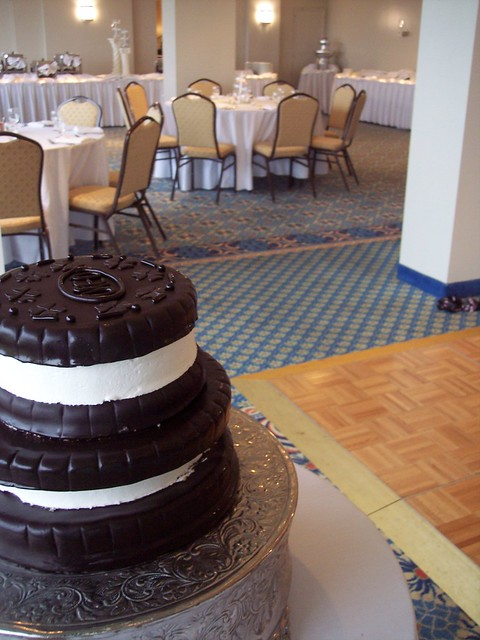 oreo cookie novelty wedding cake wilmington nc carolina cakes