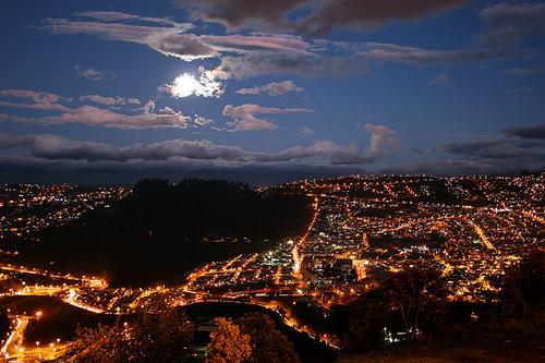 quito ecuador moonrise moonlight tup panecillo pichincha bej theunforgettablepictures
