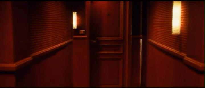 Elogio delle porte chiuse lovlou for Porta chiusa