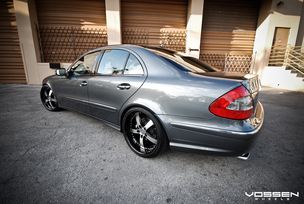 vossen wheels another satisfied mercedes benz e550. Black Bedroom Furniture Sets. Home Design Ideas