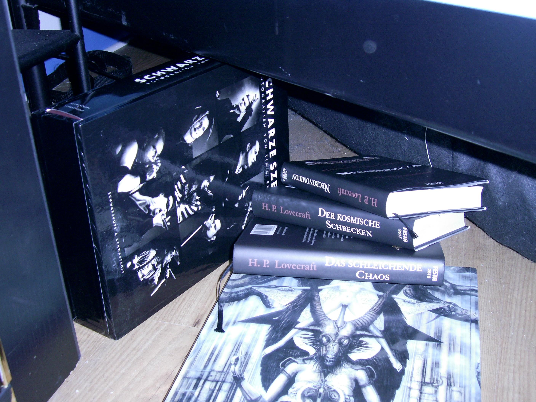 projekt 52 monster unterm bett der tonnendreher beitrag flickr photo sharing. Black Bedroom Furniture Sets. Home Design Ideas