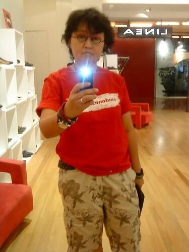 Kalau film director pake bolbal t-shirt :-) #indonesiaunite
