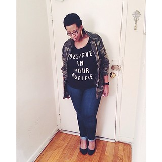 still enamored with this camo jacket. Believe in your #selfie. #ootd #fatshion #plussize #whatiwore