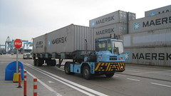 tractor and container, Algeciras Container Terminal