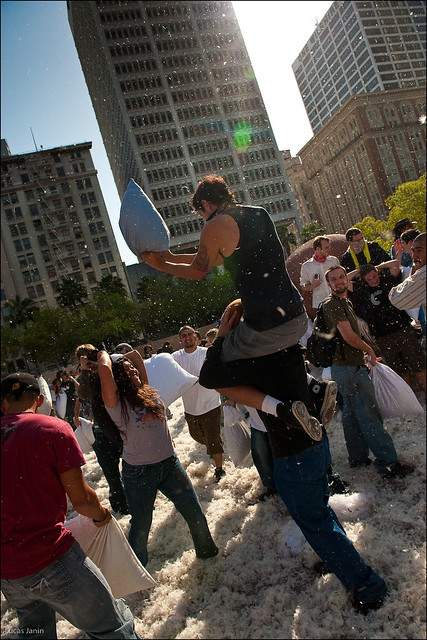 Pillow Fight Los Angeles 2009