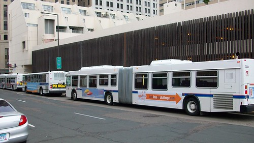 Metro Transit 3232 (so-so shot)