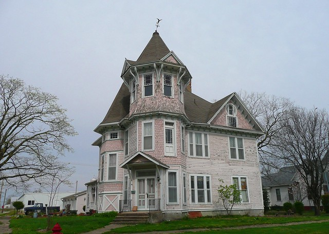 Arcola (IL) United States  city images : Arcola, IL ~ Towered House by army.arch