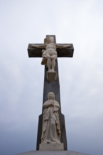 cross pentax mary jesus 2009 cementery sigma1020mmf456exdc jászfényszaru