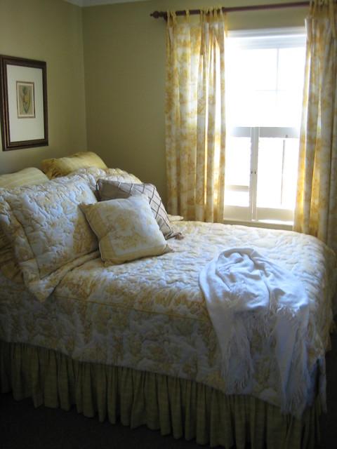 Yellow toile bedroom