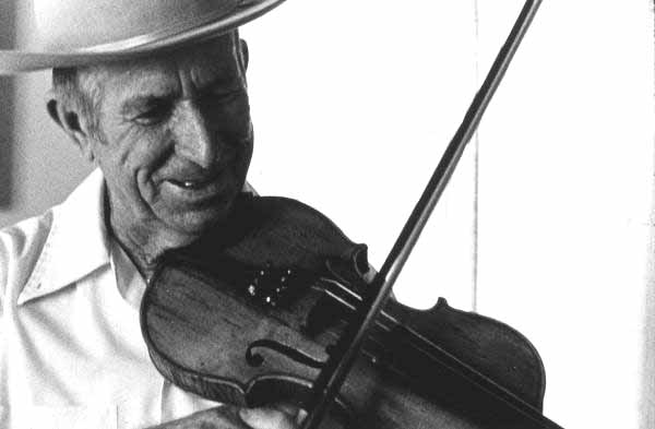 Robert Blackwelder playing the fiddle: Dundee, Florida