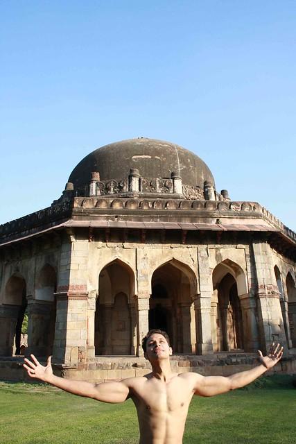 information about delhi sultanate