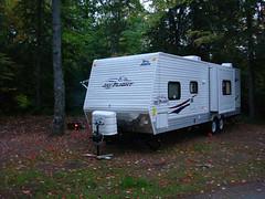 camping(0.0), vehicle(1.0), trailer(1.0), travel trailer(1.0),