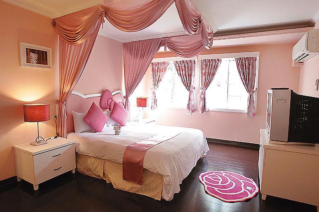 Hello Kitty Schlafzimmer