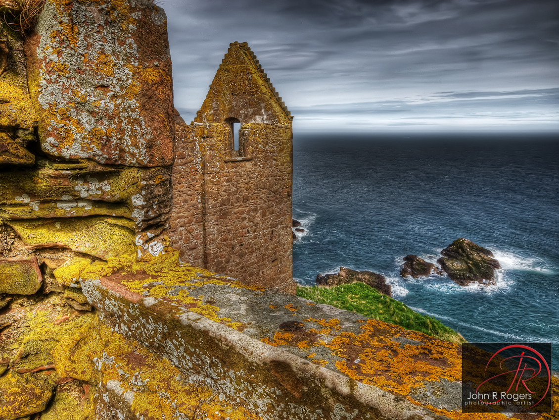 Dunnottar Castle & Sea