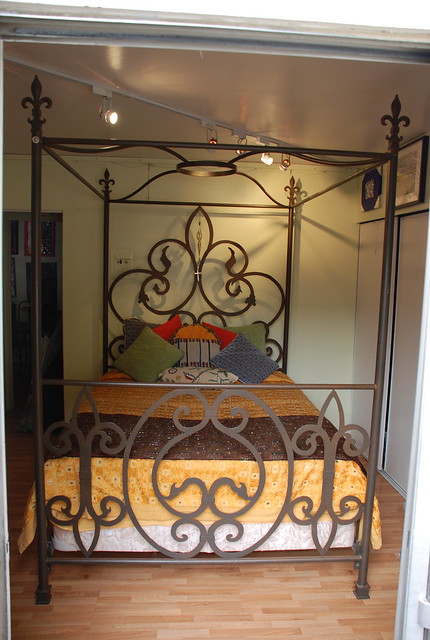 Queen Canopy Bed-Queen Canopy Bed Manufacturers, Suppliers and