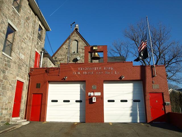 Edgewater Park Volunteer Fire Department Firehouse Bronx New York City Flickr Photo Sharing