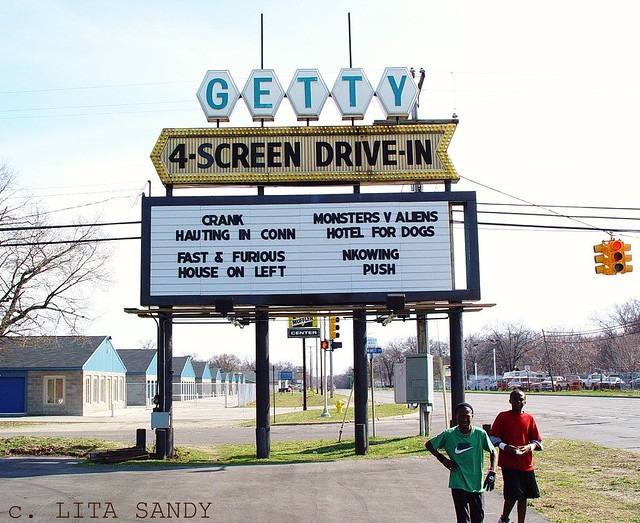 getty drivein theater sign muskegon michigan 41809