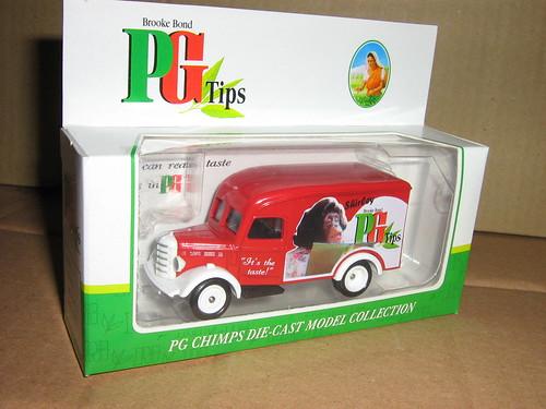Bedford 30CWT Van - PG Tips - Shirley