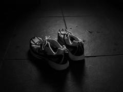 Running Shoes —marksteelenz (Flickr.com)