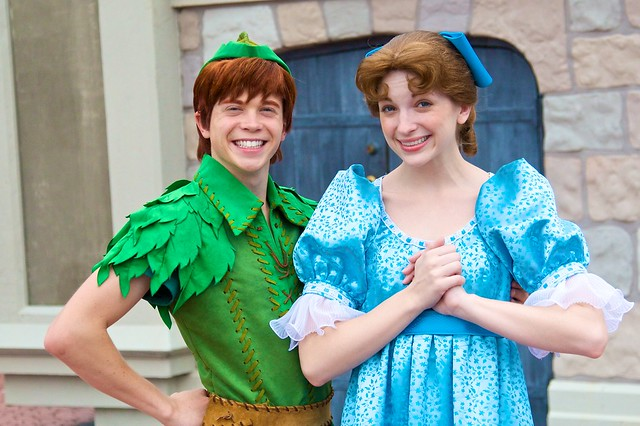 WDW April 2009 - Meeting Dream Along Peter and Wendy