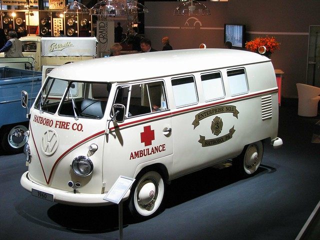 vw bully ambulance flickr photo sharing. Black Bedroom Furniture Sets. Home Design Ideas