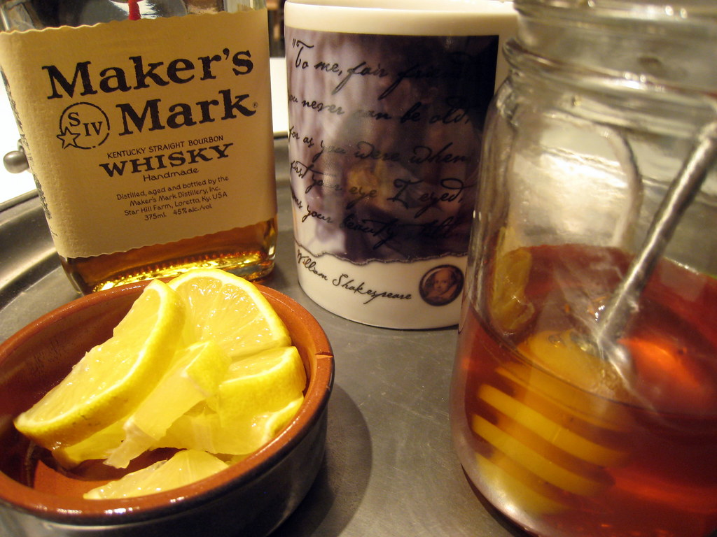 Hot toddy a cure safe to eat for Hot tea with whiskey
