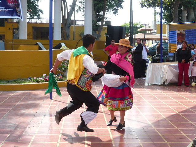 Huaylas baile tipico de la sierra de Perú | Flickr - Photo Sharing!