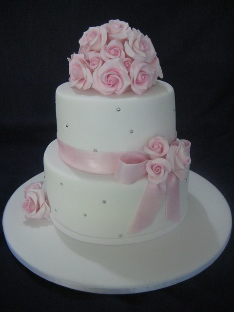 pink and white rose wedding cake cake fabulosos a gallery on flickr 18557